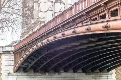 Paris le pont au Double construit en 1883 - 12 janvier 2017