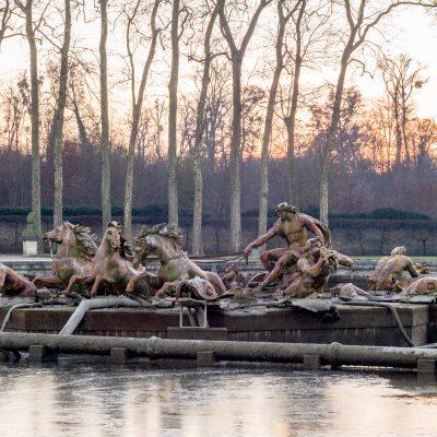 Versailles - 11 décembre 2013 - Sous Louis XIII en 1636 bassin des Cygnes, Bassin d'Apollon 1687 par Jules Hardouin-Mansart