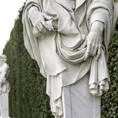 Versailles 11 juillet 2011 - Marbre dans le parc